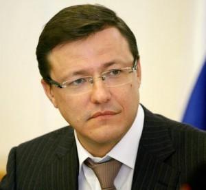 Дмитрий Азаров поздравил земляков с Днем местного самоуправления