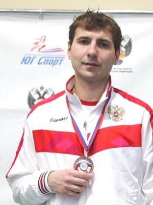 В Сочи продолжается чемпионат страны по фехтованию.