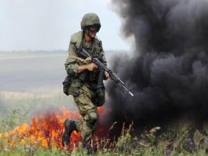 Кроме того, военнослужащие провели учебную антитеррористическую операцию по отражению нападения на миротворческий блокпост.