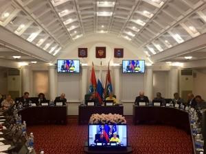 В Самаре обсуждают проблемы и пути решения вопросов организации вывоза ТКО.