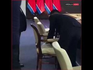 В ходе двусторонних переговоров президент РФ отметил, что визит главы Северной Кореи поможет урегулированию ситуации на Корейском полуострове.
