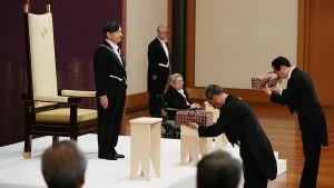 Новому императору Японии Нарухито вручили регалии