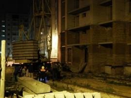 В Тольятти башенный кран угрожал упасть на дом