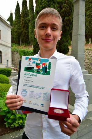 Владимир Дубков из Самарской области вышел в полуфинал Всероссийского конкурса чтецов «Живая классика»