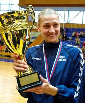 Ирина Близнова возобновляет игровую карьеру после ухода из большого спорта в 2016 году.