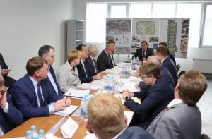 Дмитрий Азаров провёл выездное совещание по окончанию строительства Шестого кассационного суда в Самаре