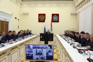 Министр строительства  Евгений Чудаев доложил о первых итогах работы группы.