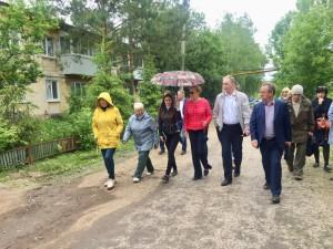 Глава Самары Елена Лапушкина провела выездную встречу с жителями поселка Жигулевские сады