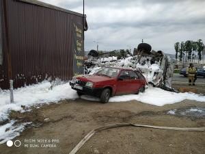 По словам очевидцев, виновником ДТП является водитель Lada X-Ray.