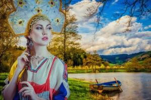 В статье отмечается, что на русском языке во всем мире говорят 280 млн человек, а Россия — «богатая традициями, очаровательная страна».
