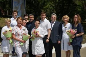 В Самаре поздравили женщину, родившую первенца в День России