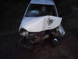 18-летний водитель «Фольксваген» в Самаре врезался в столб