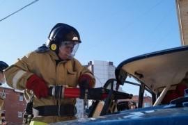 В Чапаевске произошло столкновение маршрутного микроавтобуса и легкового автомобиля