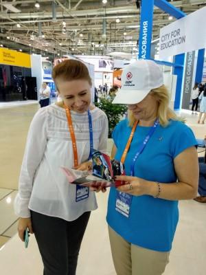 Специалисты учебного центра ПАО «Кузнецов» представляют внедренную на предприятии систему дуального обучения студентов колледжей рабочим специальностям.