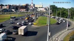 На пересечении Московского шоссе/ул. Авроры в Самаре проводятся дорожные работы
