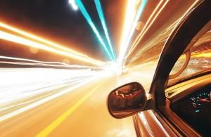 Подобную скорость можно разрешить, исключая некоторые места, такие, где есть примыкание, виражи поворотов и определенный рельеф.