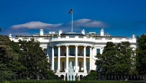 Вашингтон даст компаниям лицензии на продажу своих товаров китайскому производителю телекоммуникационного оборудования в случае, если это не будет угрожать национальной безопасности США.