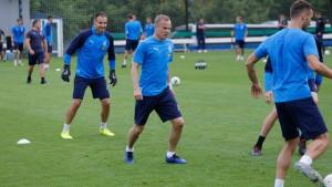Защитник Александр Анюков провел первую тренировку в