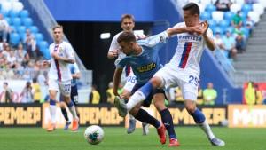 """Дубль Соболева принес """"Крыльям"""" победу в первом матче сезона."""