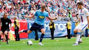 Автор дубля в ворота ЦСКА Александр Соболев о своих голах, победе над армейцами и готовности команды к сезону.