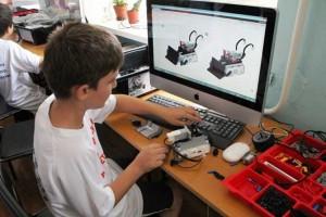 В Самарской области заканчивает работу профильная смена для воспитанников детских технопарков
