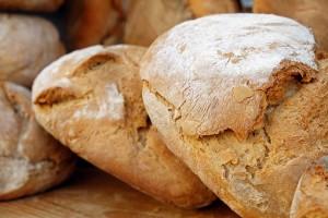 Роспотребнадзор дал советы по покупке и хранению хлеба