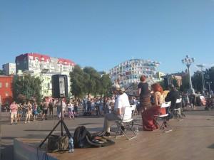 27 и 28 июля на Маяковском и Некрасовском спусках продолжаются танцевальные и музыкальные программы в рамках общественного проекта «Культурное сердце России».