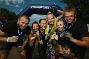 Формат соревнований не предполагал определения победителей – все участники получили медали с символикой экстремального забега