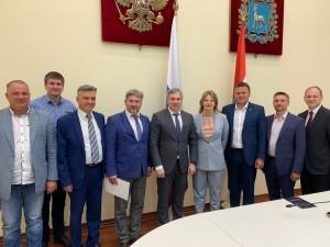 Глава крупнейшей федеральной ассоциации, включающей в себя 173 российских IT-компании, приехала в Самарскую область для изучения инвестиционного климата региона.