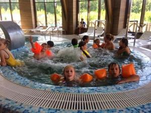 В последние дни отдыха детей ждал особый подарок от губернатора Самарской области - 3, 4 и 5 августа они посетили аквапарк «Аква Лэнд», где получили море эмоций.