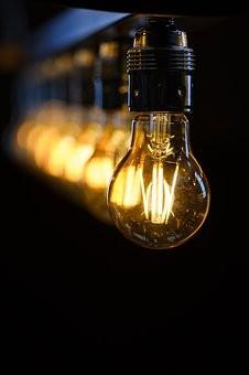 За электроэнергию на текущий момент самарцы задолжали более 300 млн рублей.