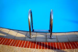 Уже в воскресенье бассейн снова сможет принимать людей.