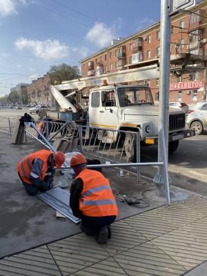 Запланировано смонтировать 59 новых светофоров – транспортных и пешеходных – на 11 пешеходных переходах.