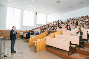 Лучшие студенты курса будут приглашены в Сбербанк для прохождения практики в 2020 году.