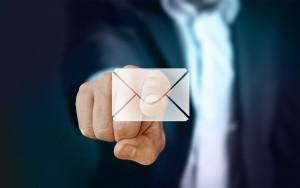 Во вторник в Госдуму был внесен законопроект о блокировке пользователей e-mail сервисов и мессенджеров, распространяющих запрещенную в РФ информацию