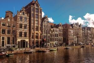 Ребрендинг Нидерландов, название которых в мире часто ассоциируется с провинцией Голландия, обусловлен необходимостью лучше представить голландские ценности, избегая