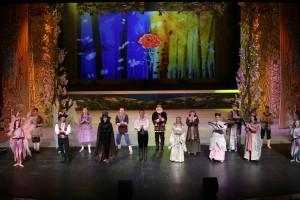Видеоверсия спектакля была показана 12 октября по телеканалу