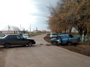 В результате ДТП пострадали оба водителя.