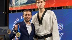 Он стал сильнейшим в категории свыше 80 кг, одолев в финале представителя Германии.