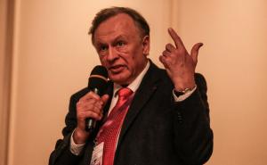 Адвокат Александр Почуев сообщал РИА Новости, что Соколов оформил явку с повинной и признался в содеянном.