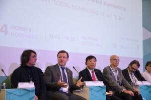 Дмитрий Азаров выступил на пленарном заседании и как Глава одного из крупнейших регионов страны, и как руководитель профильной Рабочей группы Госсовета.