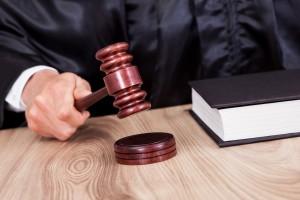 Инициатором уголовного преследования руководителя «Авиакора» стала Самарская прокуратура по надзору за исполнением законов на особо режимных предприятиях.
