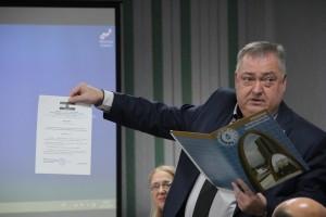 Депутаты наградили сотрудников РКС-Самара за сложные аварийно-восстановительные работы