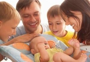 В нашем регионе действует 29 различных выплат для семей, имеющих детей.