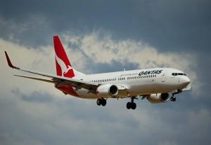 Лайнер провёл в воздухе 19 часов 19 минут, он пролетел над территориями 10 стран.