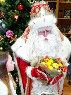 2 декабря Дед Мороз проведет праздник для всех жителей и гостей города в парке имени Юрия Гагарина. Начало в 13.00.