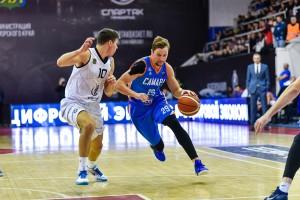 Баскетболисты «Самары» сыграли на Дальнем Востоке