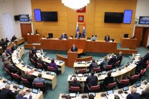 СО из бюджета страны в следующем году получит беспрецедентную гарантированную поддержку – 35,5 млрд рублей, что на 7 млрд больше по сравнению с текущим годом.