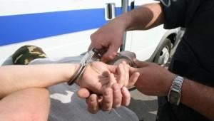 Обвиняемый получил в несколько приемов взятку в 160 тысяч рублей.