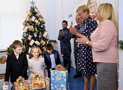 Исполнить новогоднее желание ребенка может любой житель города.